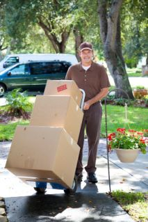 Tips on How You Can Pack and Unpack Your Moving Boxes